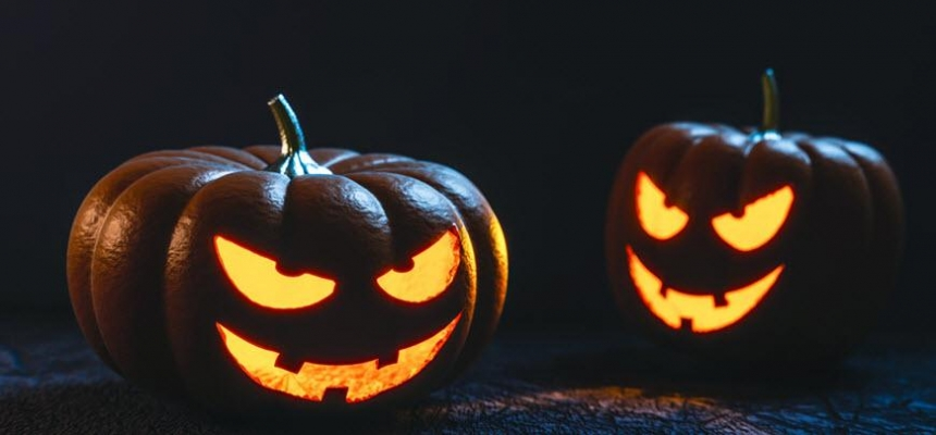 Halloween carved pumpkins for trick or treat