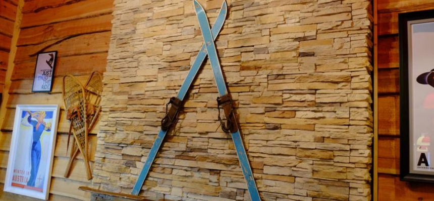 home decor outdoor skis on a fireplace