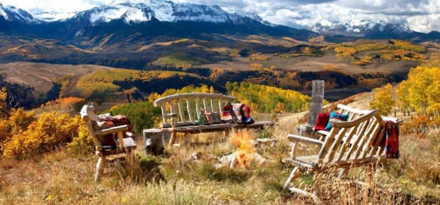 Colorado mountains outdoor space