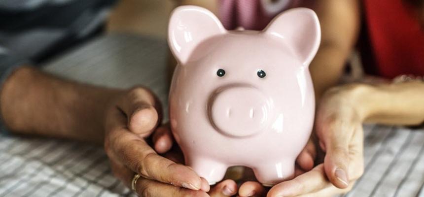 piggy bank saving money home payment